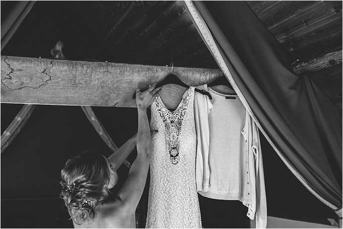 relaxed-multicoloured-barn-wedding_0016