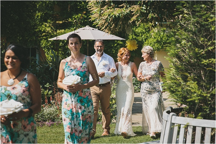 relaxed-multicoloured-barn-wedding_0027