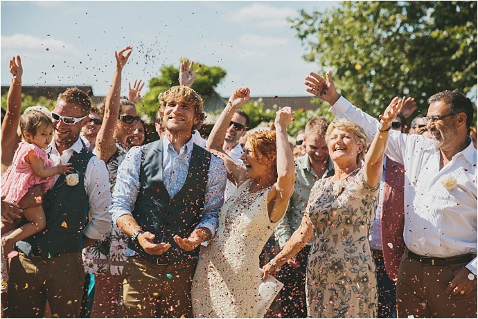 relaxed-multicoloured-barn-wedding_0034