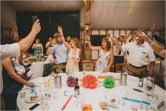 relaxed-multicoloured-barn-wedding_0046