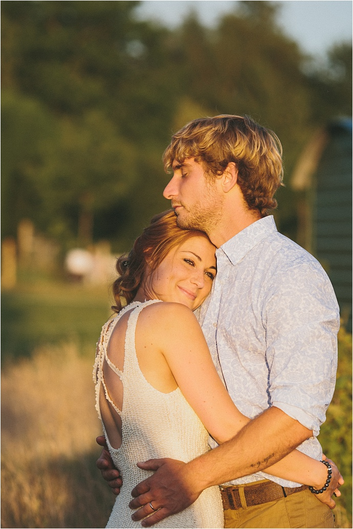 relaxed-multicoloured-barn-wedding_0049