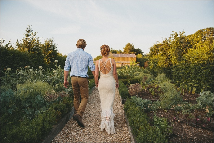 relaxed-multicoloured-barn-wedding_0050
