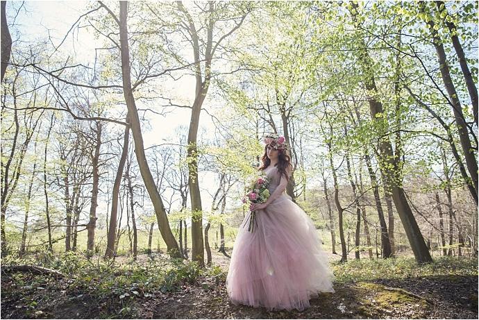 PHOTO BY ASSASSYNATION /Pink Wedding Dress By Liliia / Barn Wedding / http://www.mrandmrsunique.co.uk/rustic-woodland-wedding-assassynation/