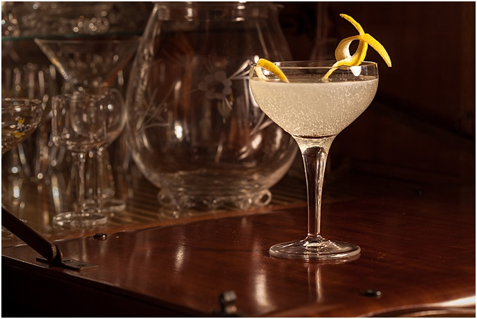 Gin, champagne & lemon cocktail recipe by Canvas & Stone as seen on Mr & mrs Unique www.mrandmrsunique.co.uk