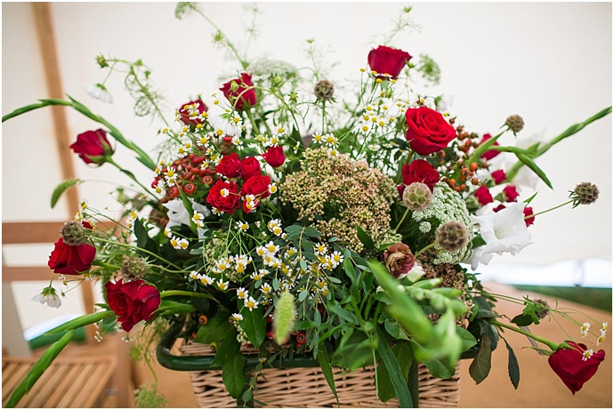 Sprigs & Stems Creative Wedding florist Hertfordshire Bedfordshire as seen on Mr & Mrs Unique