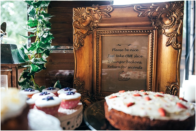 vintage-travel-inspired-dewsall-court-wedding_0034