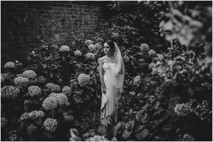 vintage-travel-inspired-dewsall-court-wedding_0082