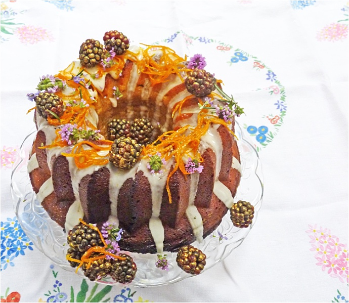 Spiced 'Bundtkin' cake recipe by Nevie-Pie