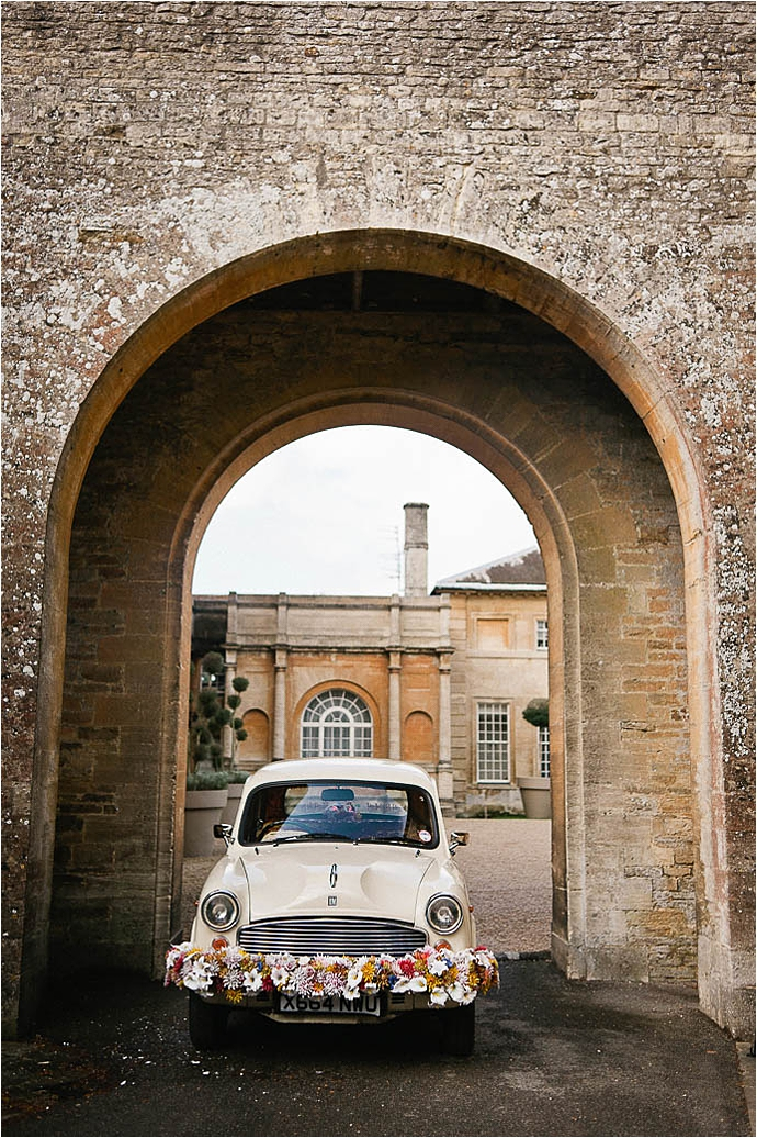 Cool, Rock n Roll Modern Bridal Shoot at Aynhoe Park_0020.jpg
