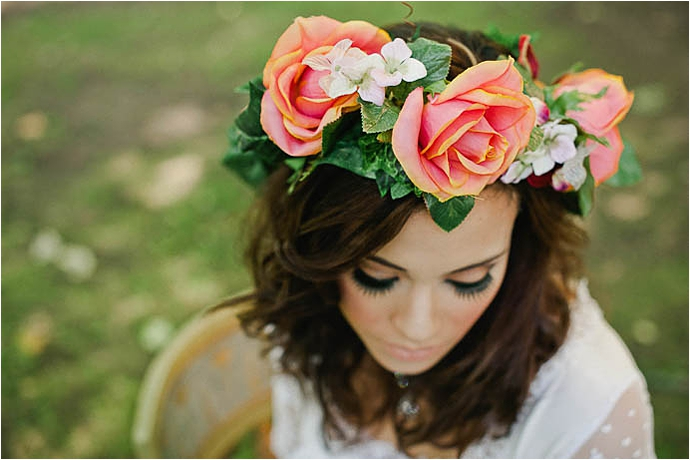 Cool, Rock n Roll Modern Bridal Shoot at Aynhoe Park_0028.jpg