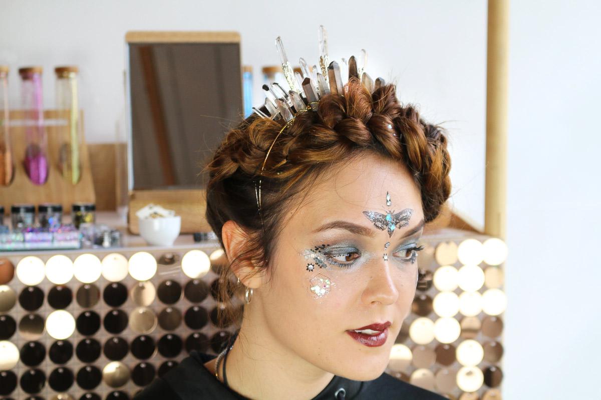 Bridal accessories, curious fair, glitter bar, glitter face tutorial, hair accessories, halloween make up tutorial, jilted bride make up tutorial, witch halloween tutorial