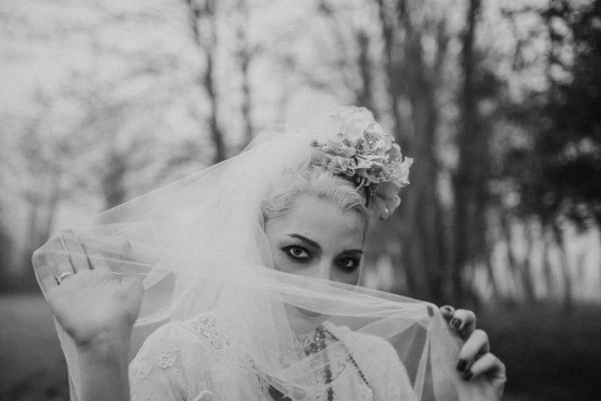 alternative wedding, Andalusian culture, bidal style, burgandy, crucifix, dark, dark red, gothic, inspiration, Joasis photography, latin american, latin wedding, london wedding, london wedding photographer, luxurous, madonna, madonna inspired, majestic, moody, mystical, regal, religious, stationery, styled shoot, symbolic, unique bride, vintage, vintage bride, vintage lace, vintage wedding, watercolour stationery, wedding, wedding inspiration