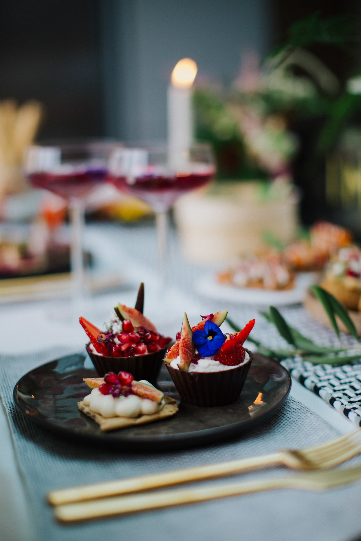 Festive dinner party ideas with seasonal food and gin for Dinner party recipes for 12