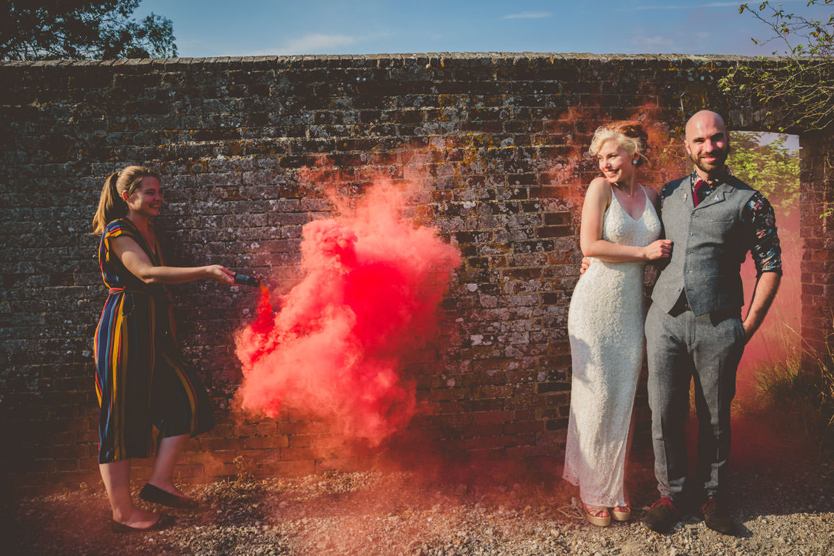 couples portrait photography with smoke bombs