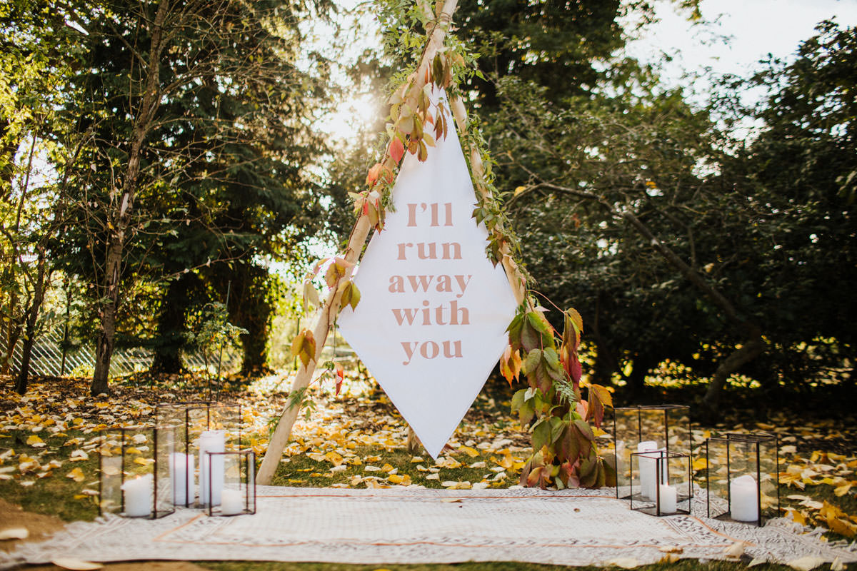 Bohemian Wedding Inspiration: Ceremony and Alter ideas