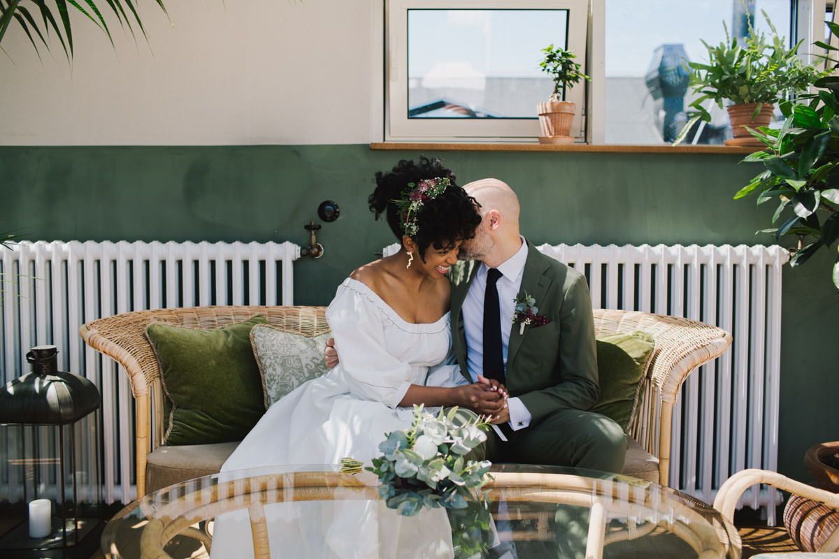 micro wedding, micro weddings, London wedding venues, small weddings, wedding during lockdown, weddings during the pandemic, wedding restrictions, love is not cancelled, elope, elopements, Lisa Jane Photography, wedding advice