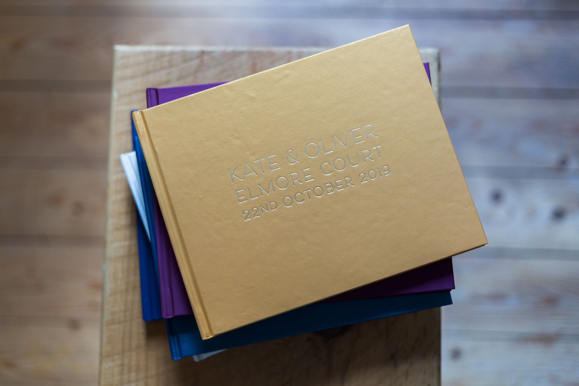Be Golden - Bespoke wedding guest books + Photo albums
