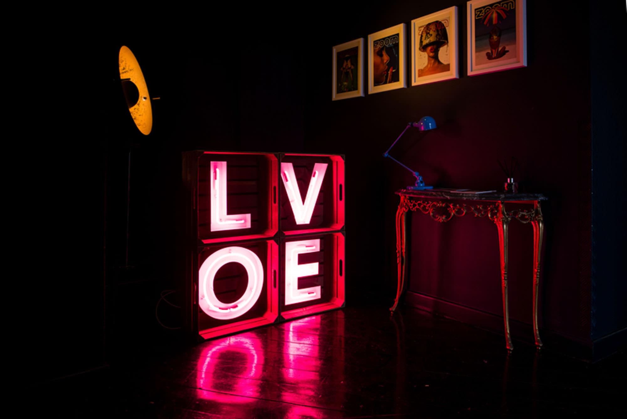 Doris Loves - Light Up Letter Hire