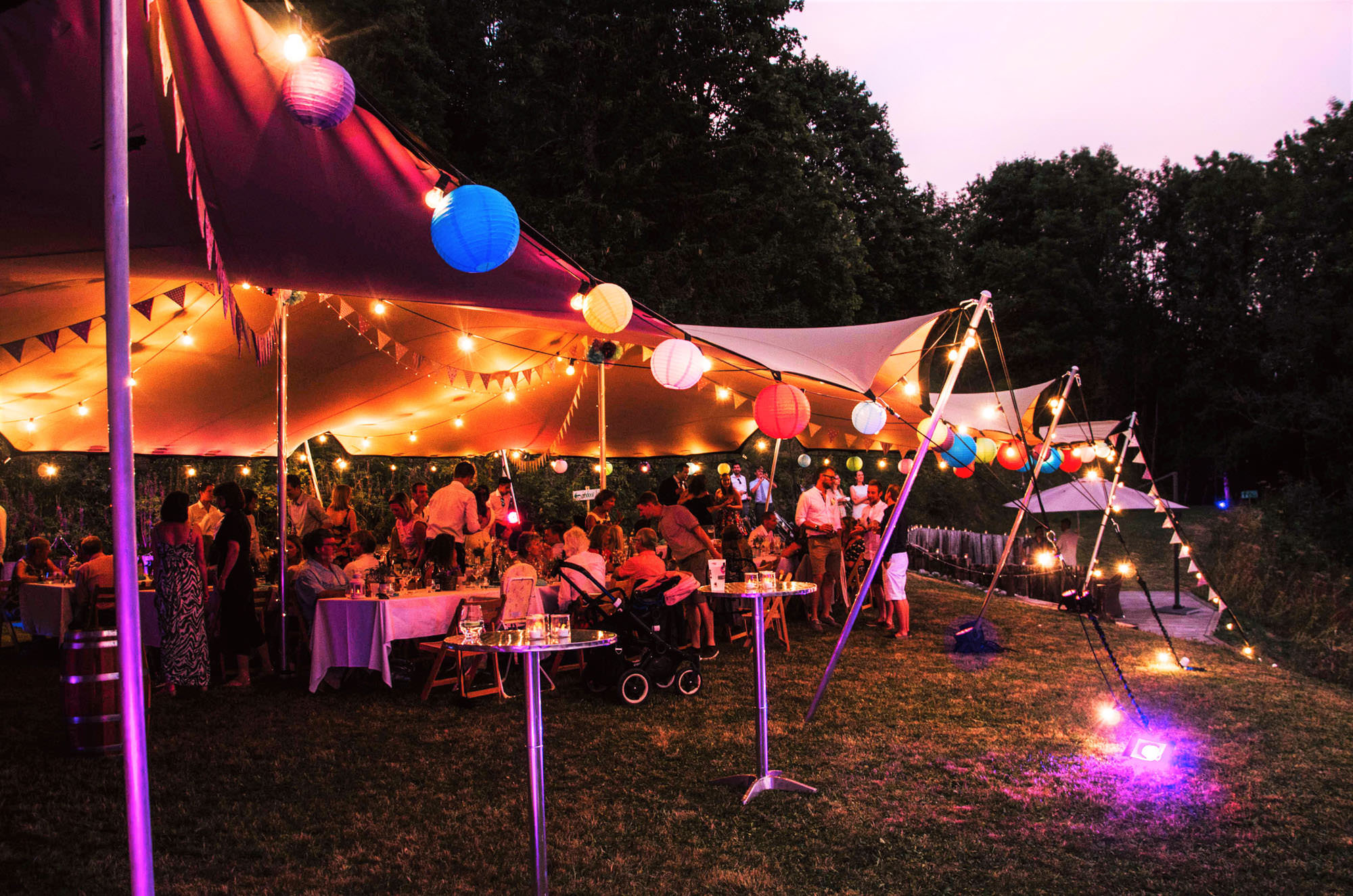 Waterbridge weddings - festival wedding site in Hertfordshire